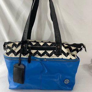 Lululemon Duffle Large Women's Travel Gym Bag